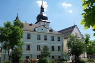 Das Rathaus am Markt prägt das historische Zentrum